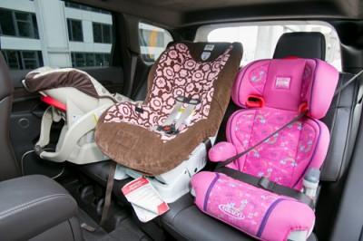 25 visa gift card giveaway from cars com. Black Bedroom Furniture Sets. Home Design Ideas