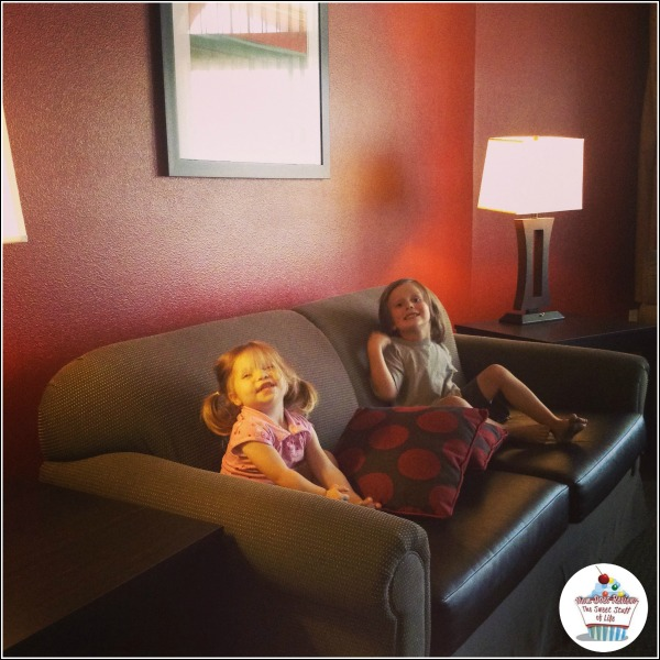 Travel with Mom Does Reviews to Holiday Inn Express & Suites