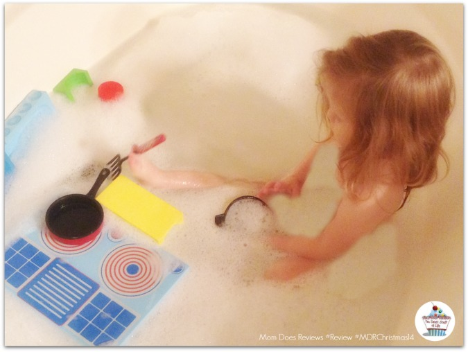 Mom Does Reviews #Review of BathBlocks Toys from Just Think Toys #MDRChristmas14