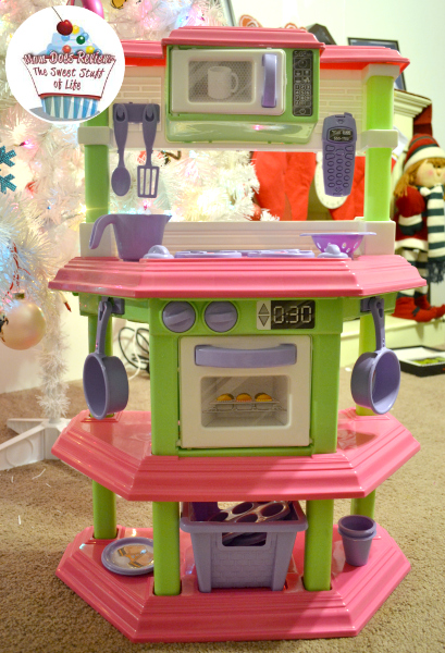 Superbe My Sweet Treats Kitchen #Review #ChristmasMDR14 | Mom Does Reviews