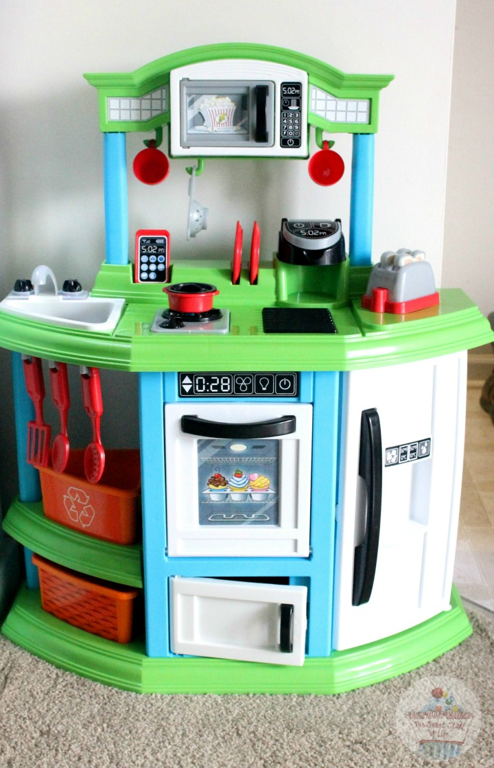 American Plastic Toys Cozy Comfort Kitchen #Review ...