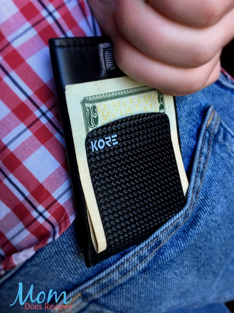 Kore Essentials Slim Wallet Review Christmasmdr16 Mom Does Reviews The trakline seems like an ordinary belt with an ordinary buckle. kore essentials slim wallet review