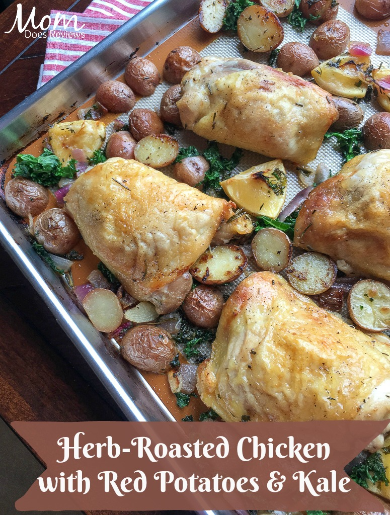 Herb-Roasted Chicken with Red Potatoes & Kale #Sheetpanrecipe #recipe