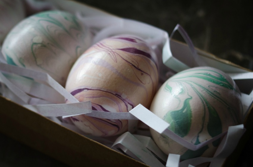 Pastel Marbled Easter Eggs