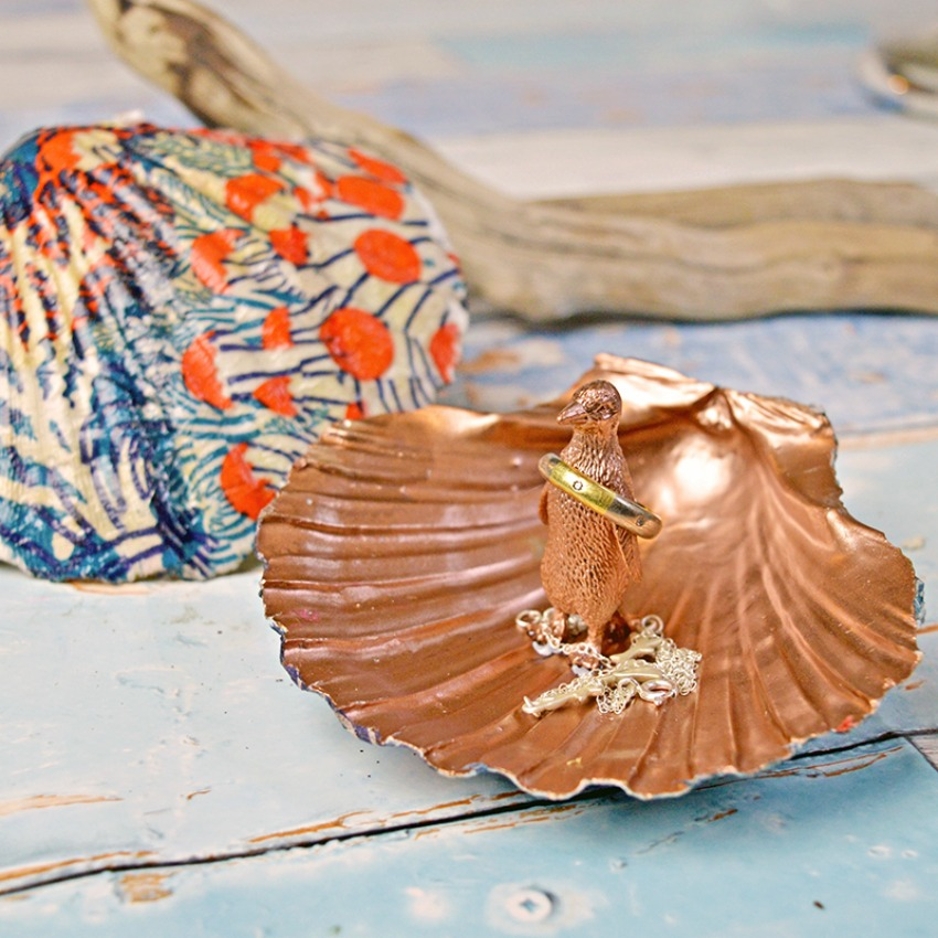 Upcycle A Scallop Shell Into A Gorgeous DIY Ring Holder