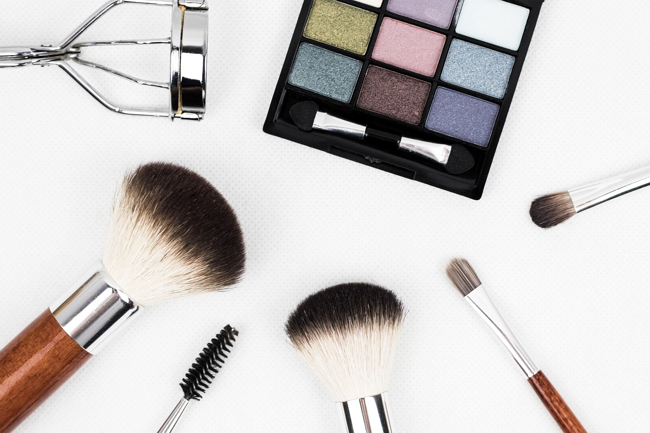 Tips on How to Choose the Right Cosmetics for Your Skin