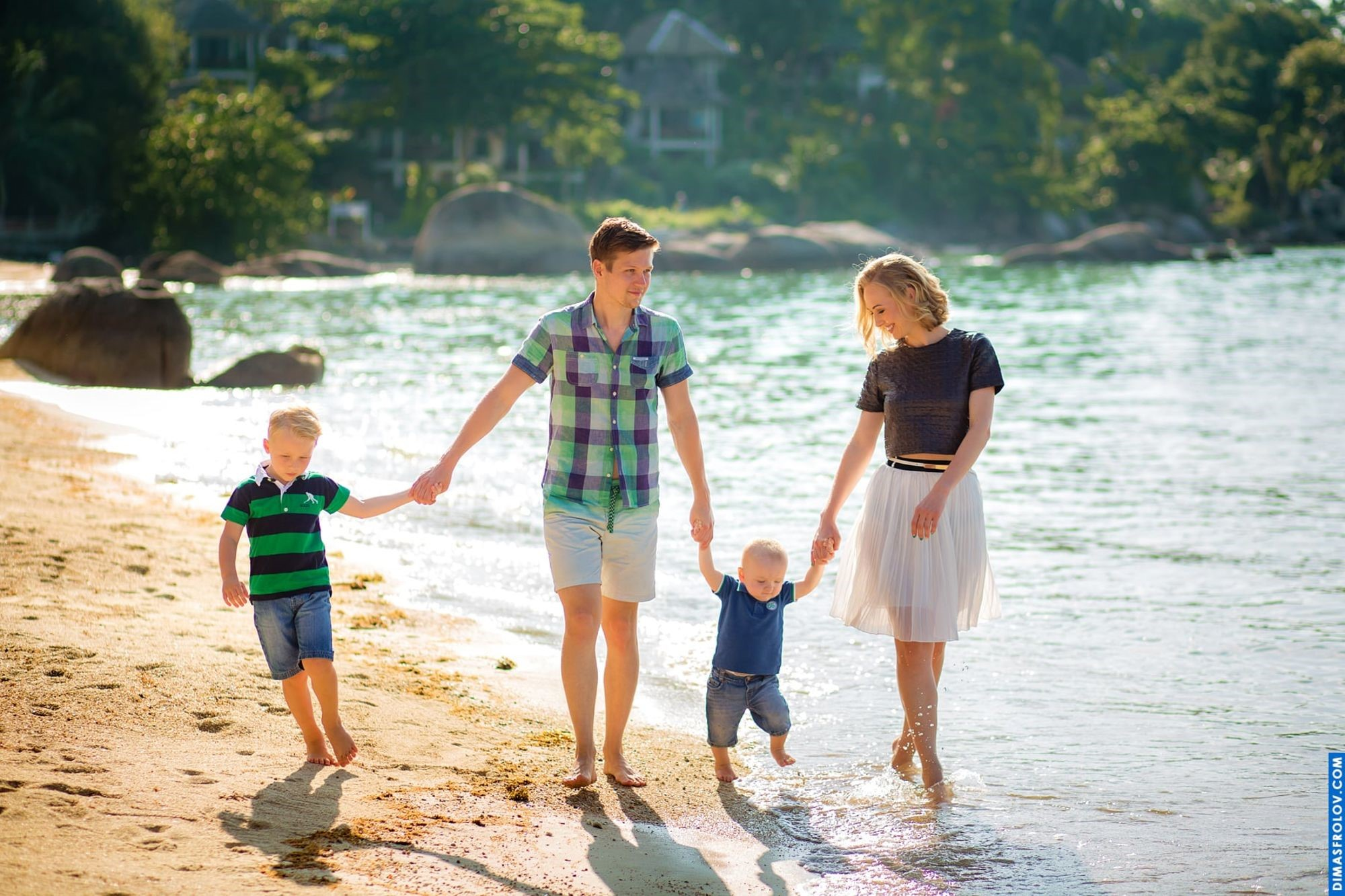 10 Things To Remember While Traveling With Kids