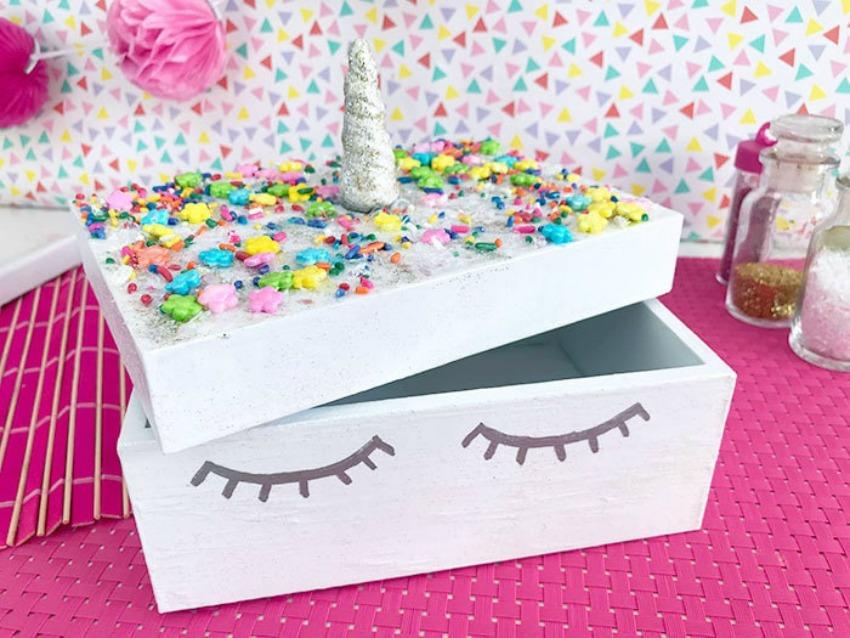 How to Make A Cute Unicorn Box