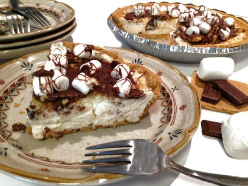 Easy No Bake S'more Cheesecake Pie