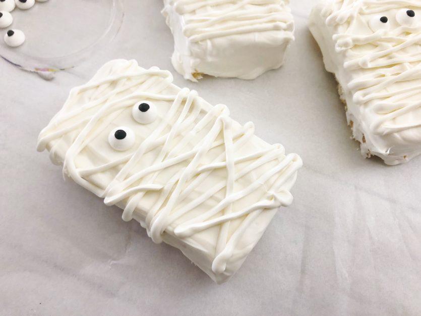 Yummy Mummy Rice Krispie Treats
