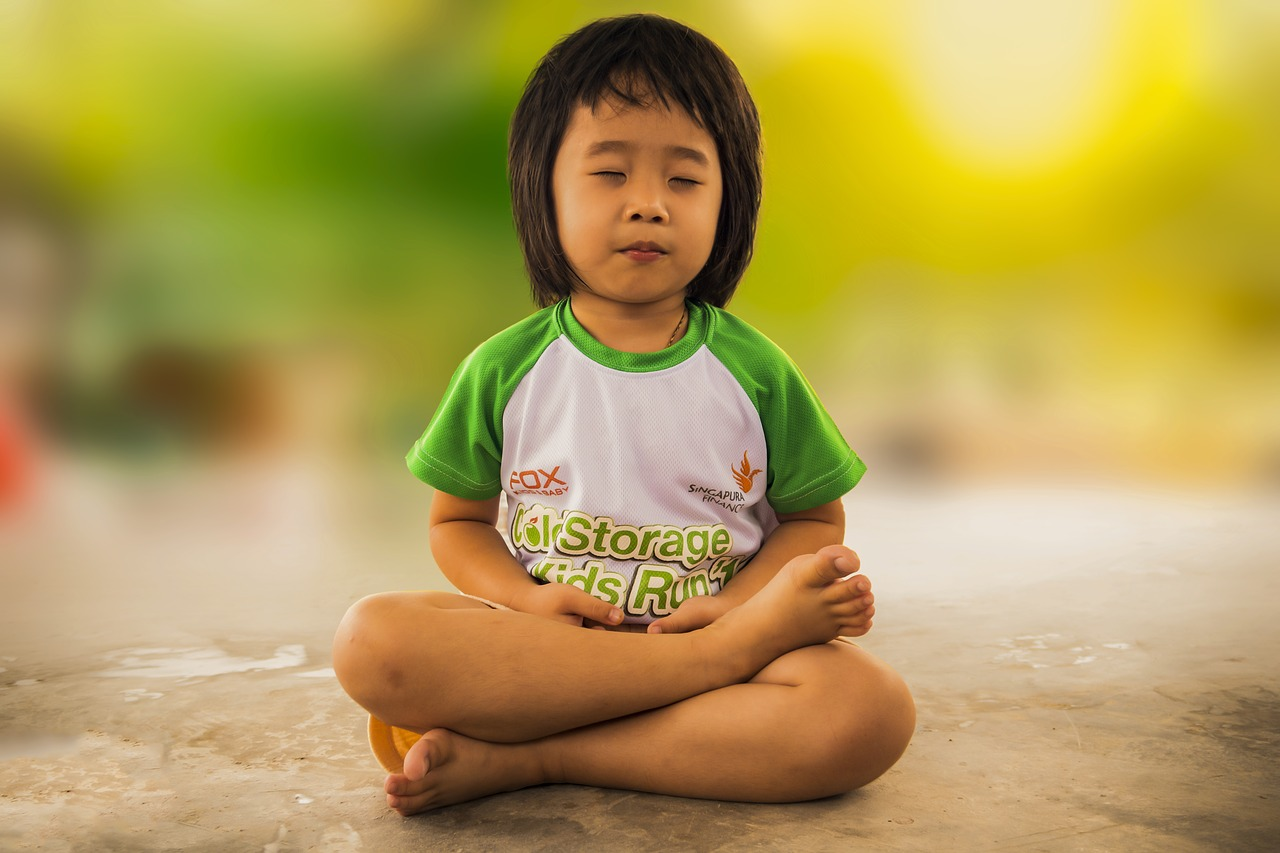 Improve Your Kids' Overall Wellbeing by Teaching Them Yoga