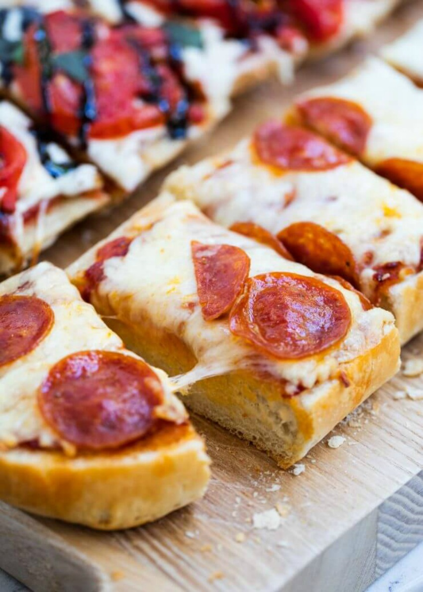Homemade Garlic French Bread Pizza