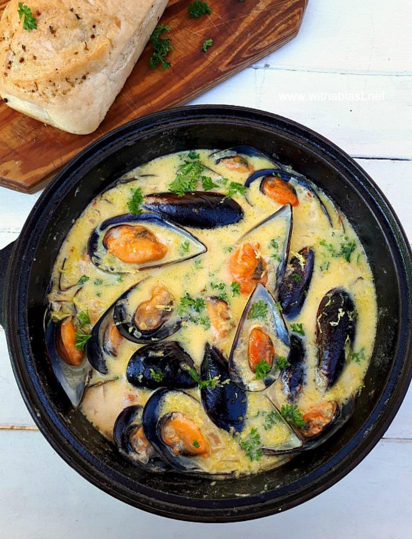 Mussels in Lemon Garlic-Butter Sauce