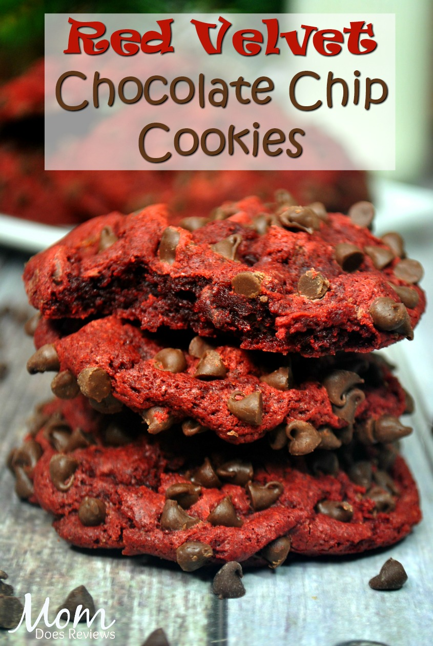 Red Velvet Chocolate Chip Cookies #desserts #cookies #redvelvet #chocolate #chocolatechip #sweets