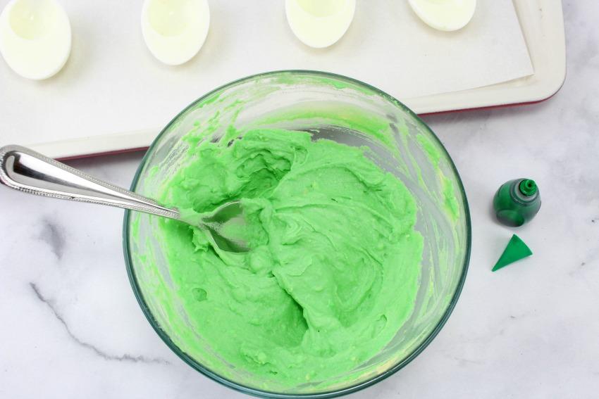 Dr. Seuss Green Eggs and Ham Deviled Eggs process