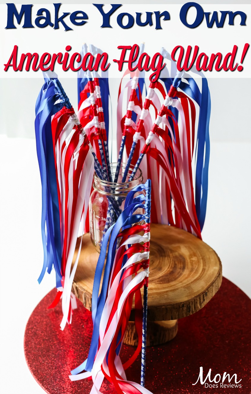 Make Your Own American Flag Wand!  #crafts #usa #flag #AmericanFlag #easycraft