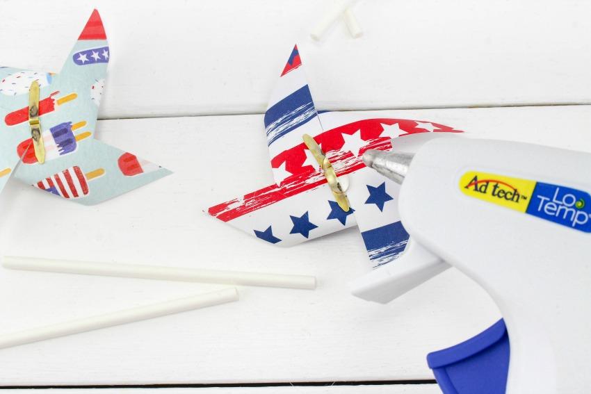 Patriotic Pinwheel Cupcakes process