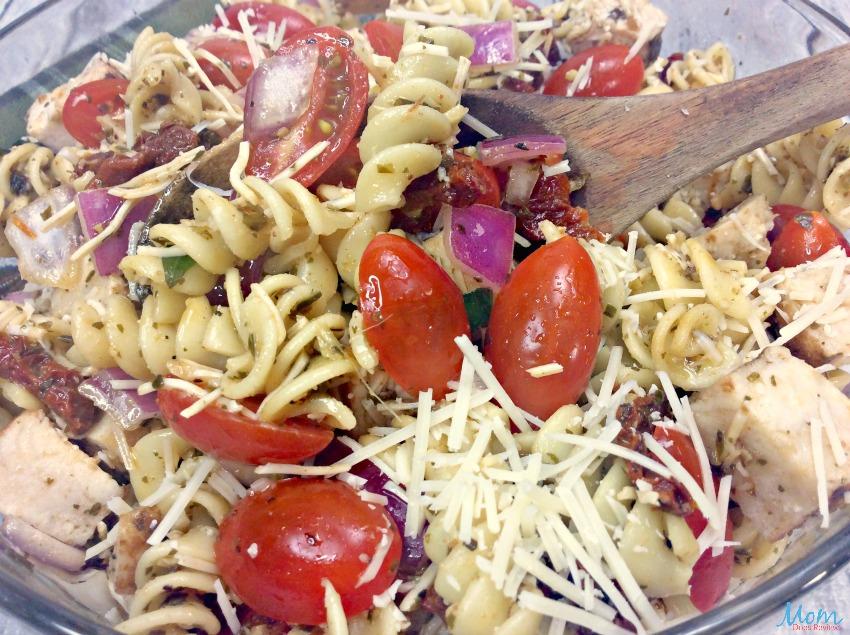 Grilled Chicken Pesto Pasta