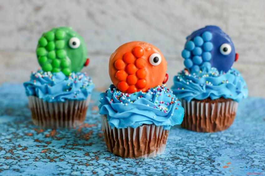 Tropical Fish Cupcakes Tutorial