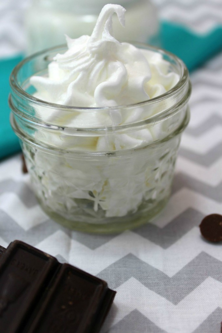 DIY Mint Cocoa Whipped Body Butter With Coconut Oil