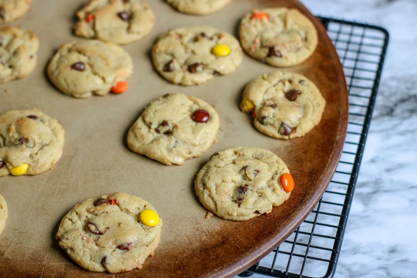 Reeses Pieces Chocolate Chip Cookies process