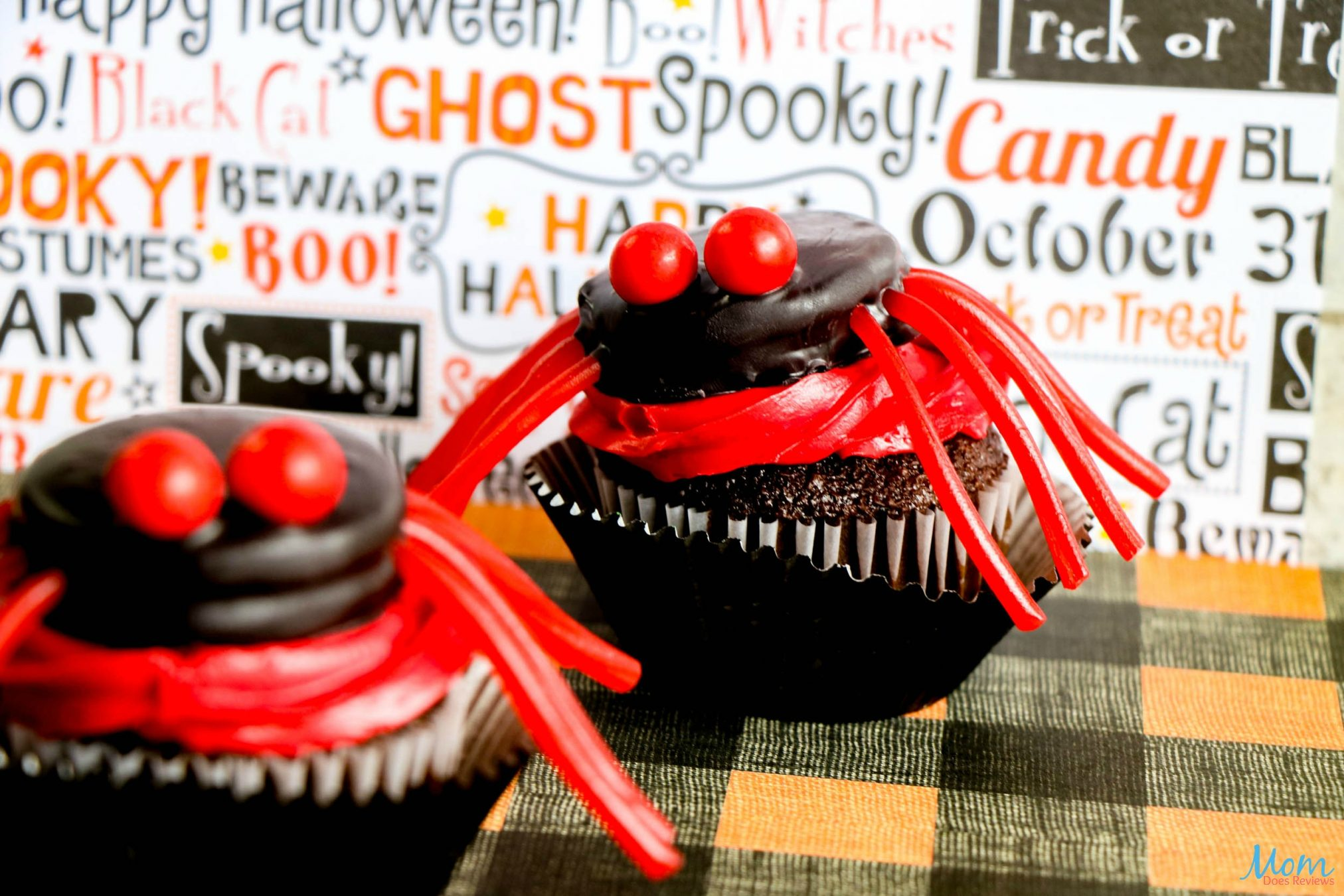 Easy Spider Cupcakes Tutorial for a Scary Good Treat!