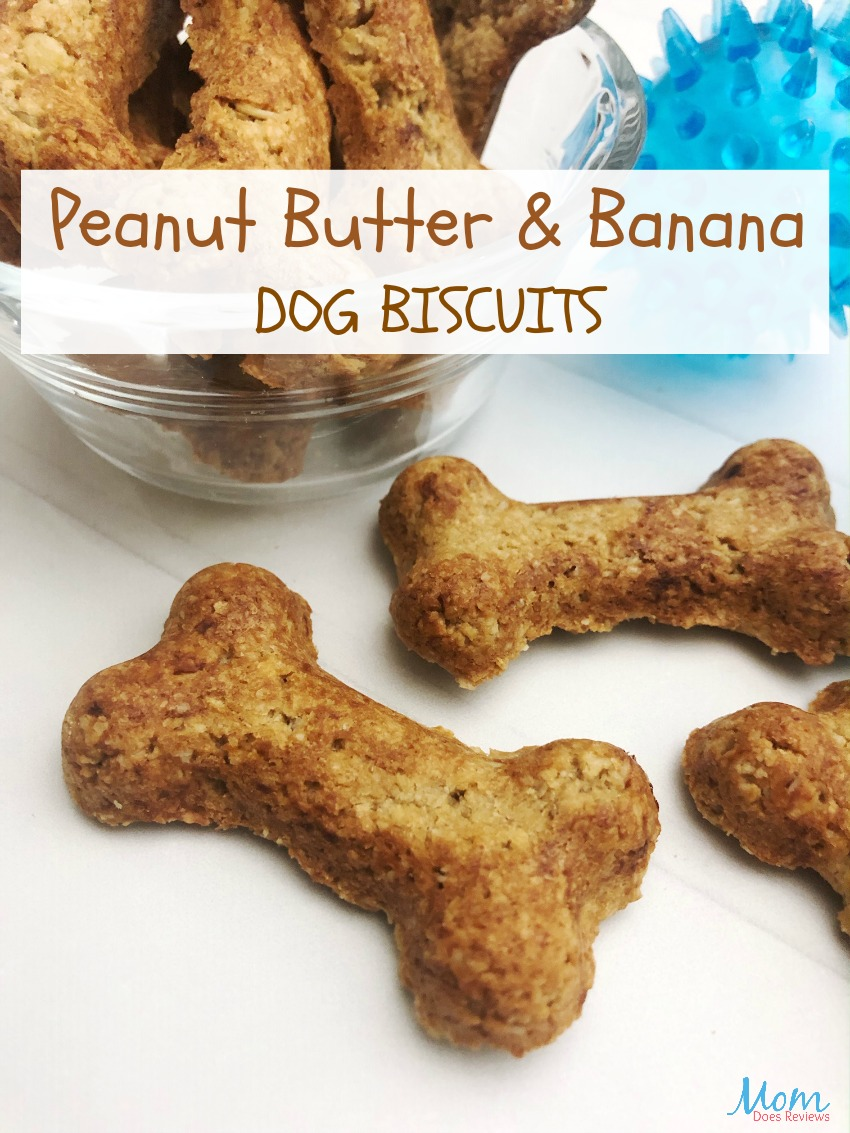 Peanut Butter and Banana Dog Biscuits #pets #pettreats #dogs