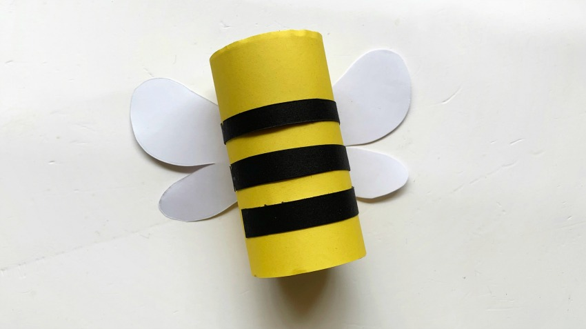 Toilet Paper Roll Bee Craft process