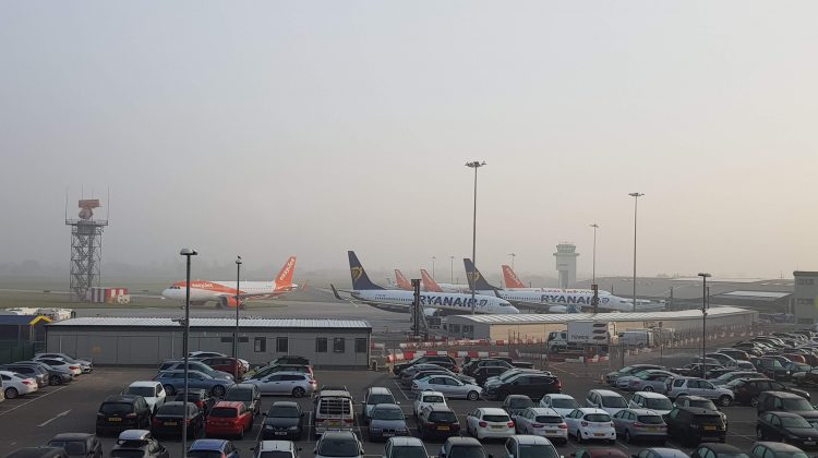 5 Easy Steps to Book A Cheaper Airport Parking Option