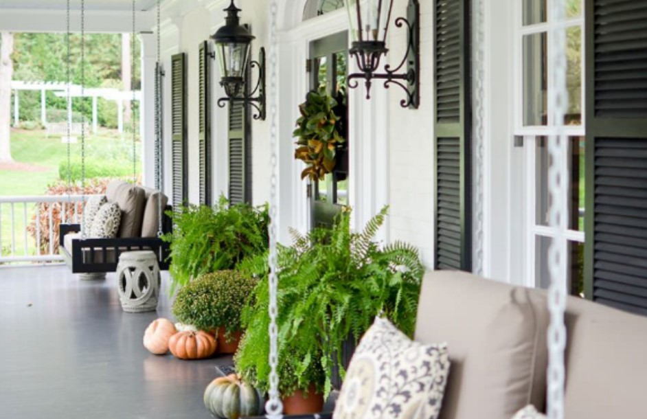 5 Simple Ways to Transition Your Home From Summer to Fall