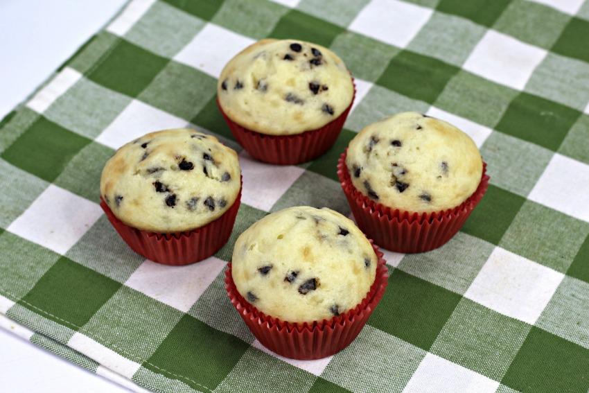 Milk & Cookies Cupcakes process