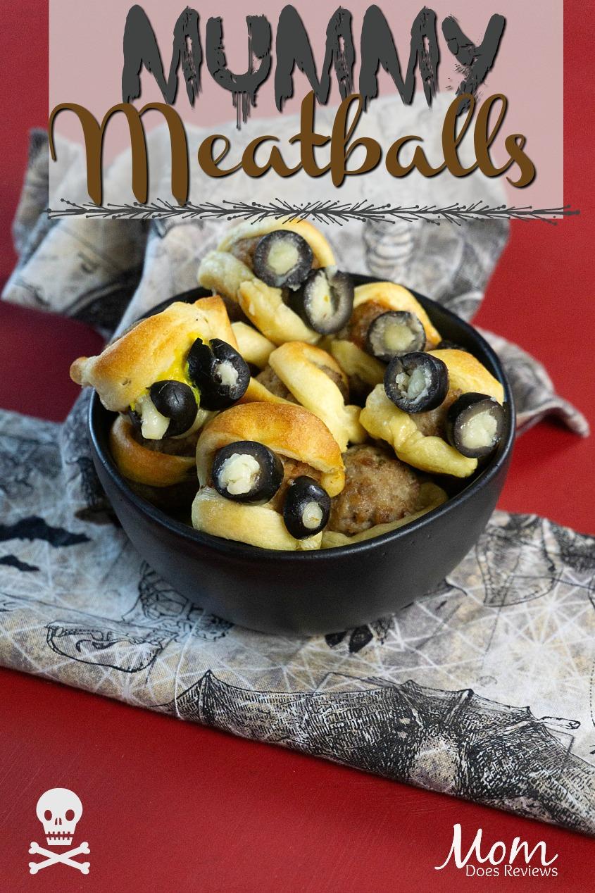 Fun and easy Mummy Meatballs #halloween #funfood #recipe