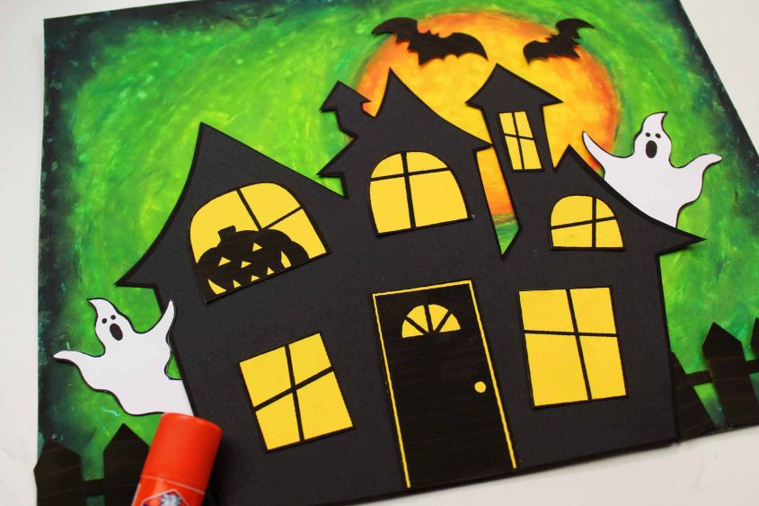 Easy Halloween Pastel Oil Haunted House
