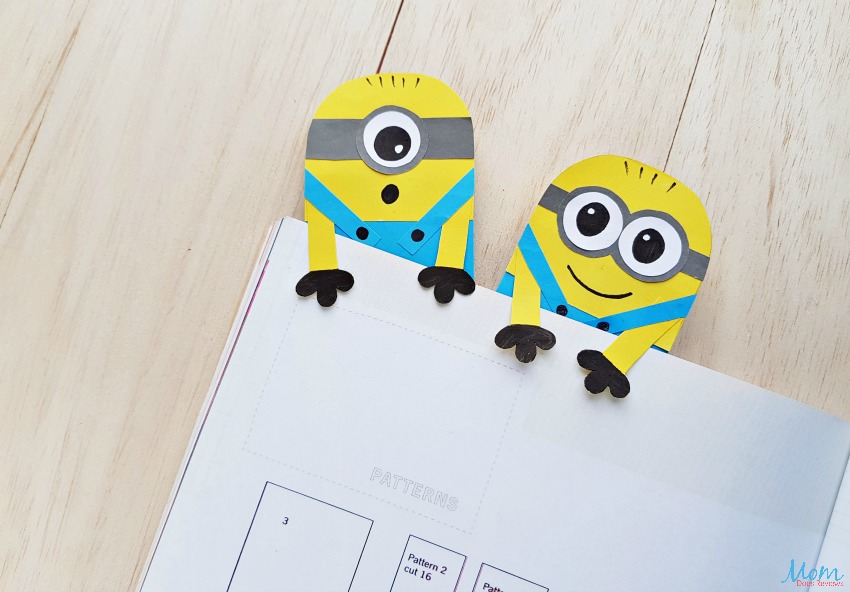 DIY Minion Hug Bookmarks - A Minion Inspired Craft
