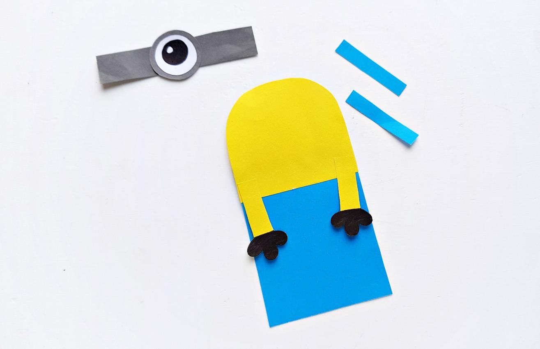 DIY Minion Hug Bookmarks process